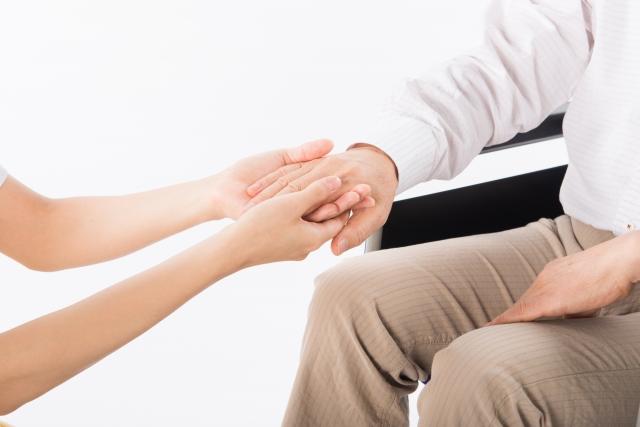 会話ロボが認知症を防ぐのではなく、いかに人との会話をもたらすかを検討しなければジリ貧